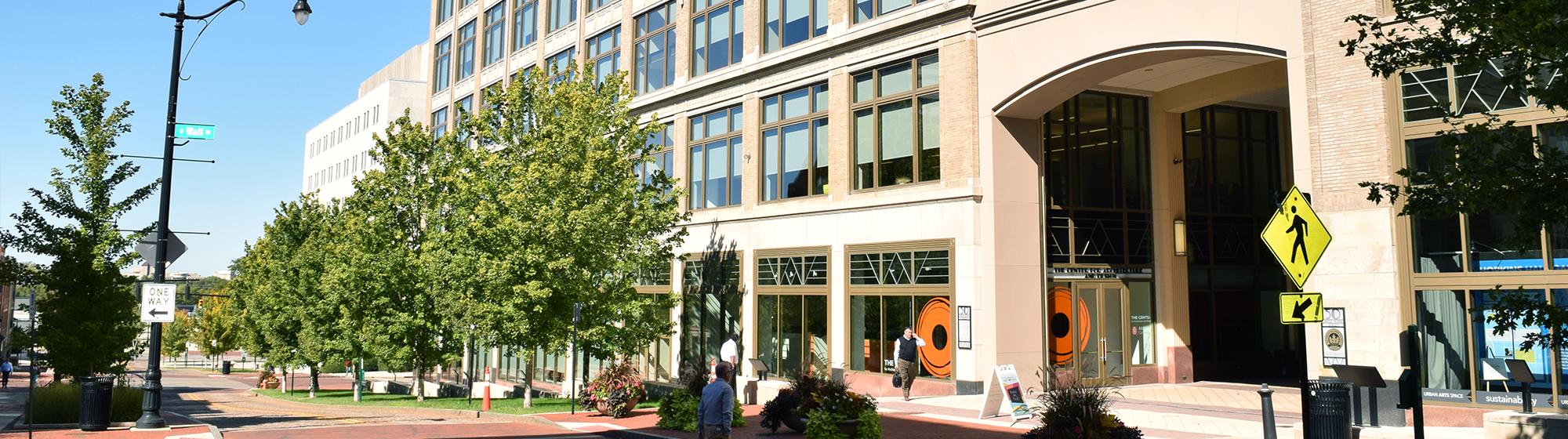 Lazarus Building: Columbus Downtown Development Corp
